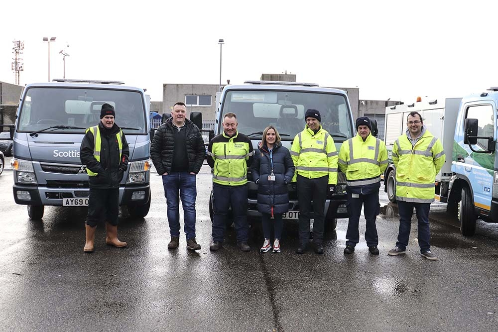 The Sewer Response Team with representatives from Rioned and ScotJet for the handover